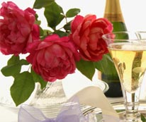 Ultimate Romantic Getway in Deerfield - Roses and Wine