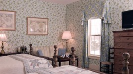 bed and breakfast near greenfield, ma