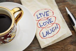 Napkin syaing Live, Love, Laugh