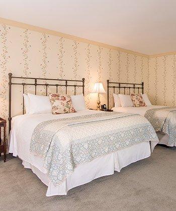 Double Queens room
