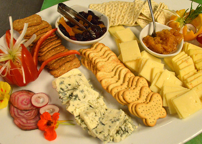 Cheese and crackers on a plate