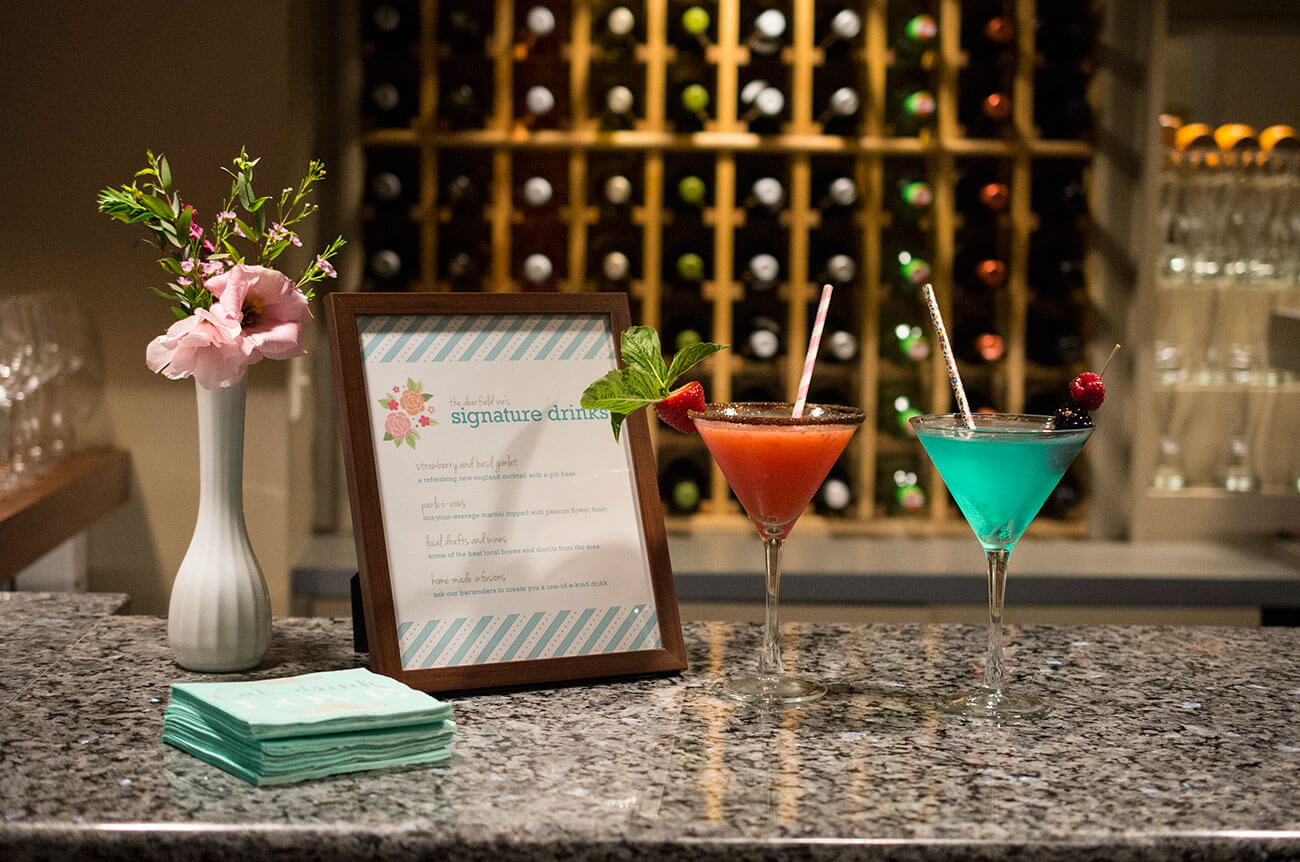 Drinks at a Deerfield Inn event